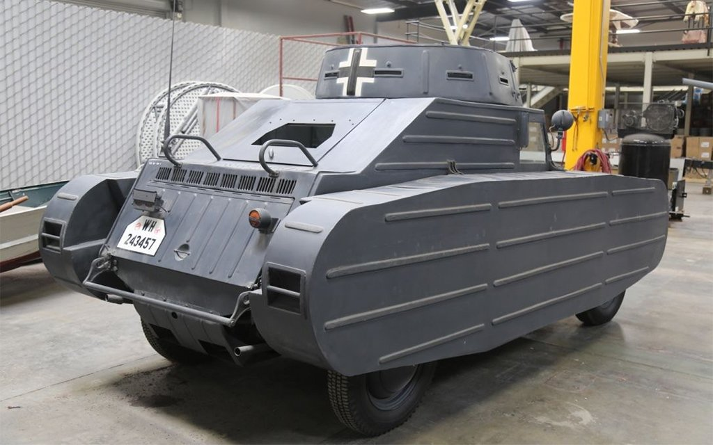 Porsche Tank Volkswagen Kubelwagen 823 From World War Ii