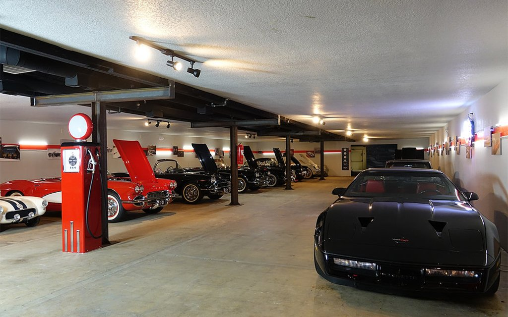 Man Cave Trucks For Sale : This man cave comes with classic cars and a hovercraft