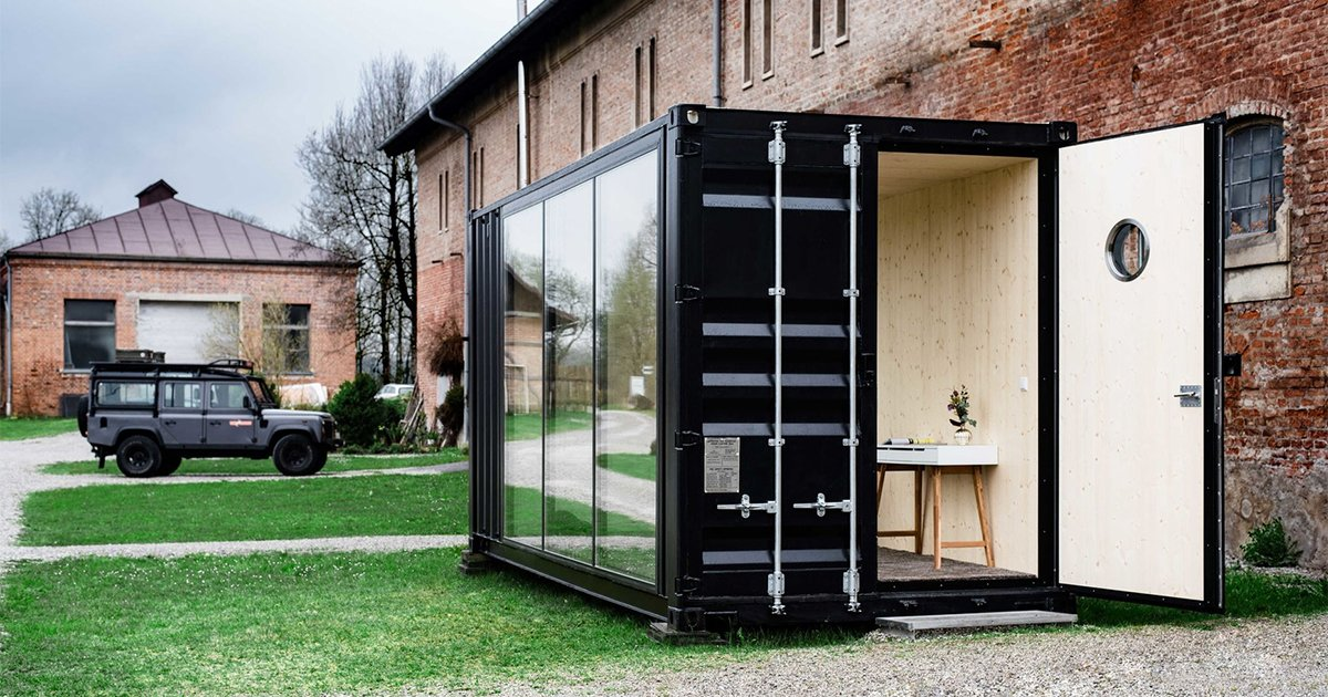 hiloft is a movable shipping container mancave insidehook. Black Bedroom Furniture Sets. Home Design Ideas